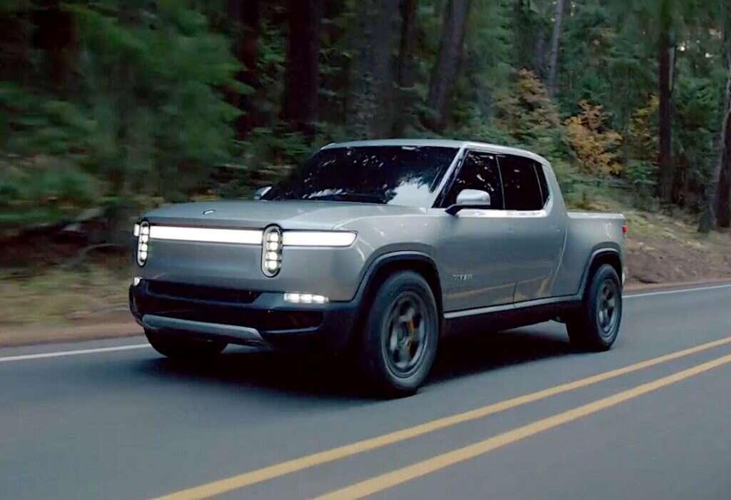 Elektryczny pickup Rivian R1T. Znamy szczegóły konkurencji dla Cybertrucka Tesli