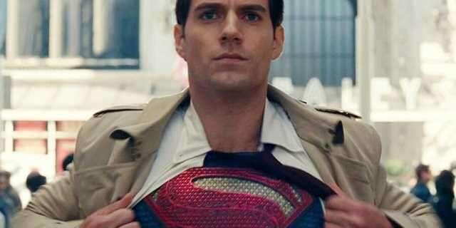 Henry Cavill chce nadal grać Supermana