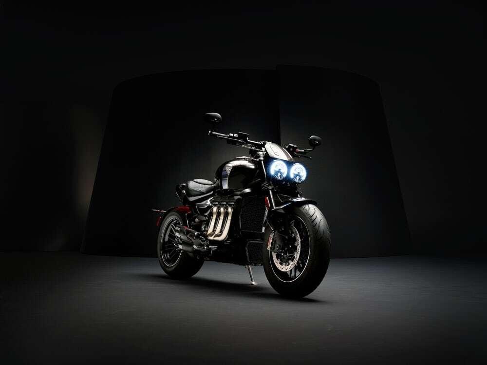 największy produkcyjny motocykl Rocket 3 TFC od Triumph