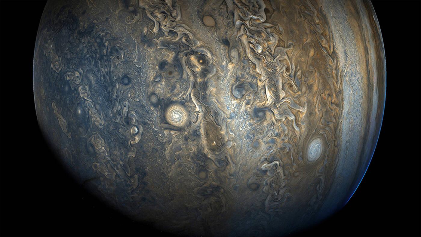 Pole magnetyczne Jowisza zmienia się na skutek potężnych wiatrów