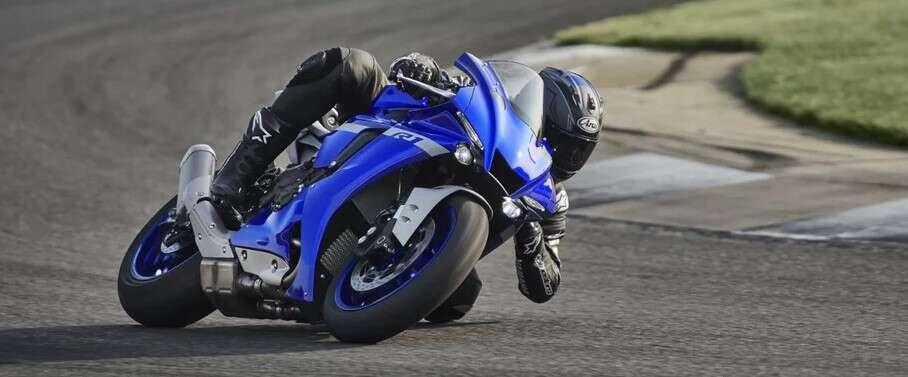 Motocykl Yamaha R1 na 2020 rok doczeka się masy ulepszeń