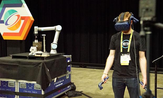 W ramach SE4 robot uczy się, naśladując ludzi