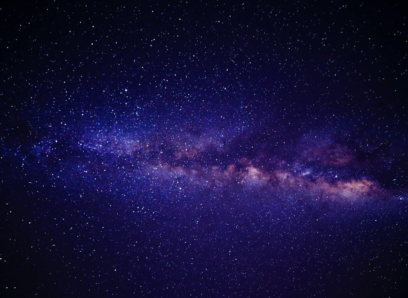 Astronomowie używają skupisk galaktyk jako soczewki powiększającej promieniowanie rentgenowskie