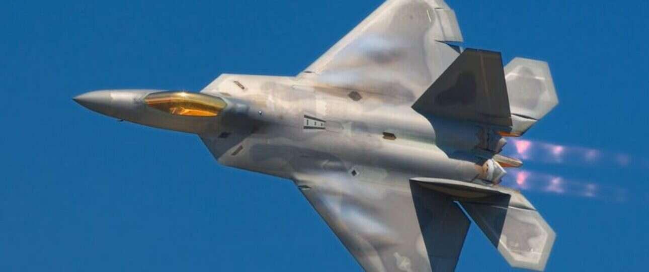 Kosmiczny samolot X-37B może w pewnym momencie być skrzydłowym dla amerykańskich myśliwców
