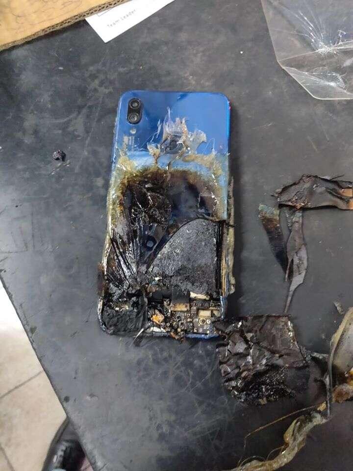 spalenie się Redmi Note 7S, Redmi Note 7S, płomienie Redmi Note 7S, bateria Redmi Note 7S