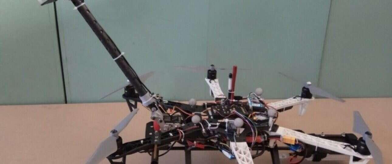 Z tym dronem inspekcja drapaczy chmur będzie bułką z masłem