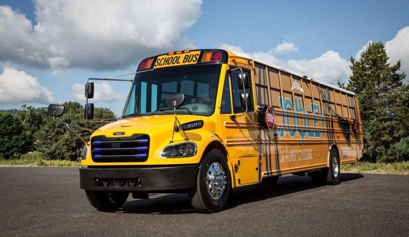 Daimler Thomas Built Buses, elektryczne autobusy szkolne, Jouley, Saf-T-Liner C2