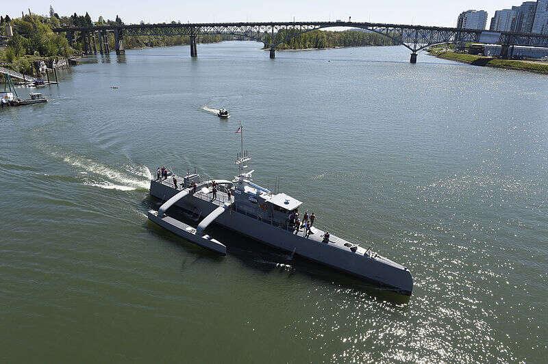 """Co DARPA ma na myśli pod określeniem bojowych """"morskich pociągów""""?"""