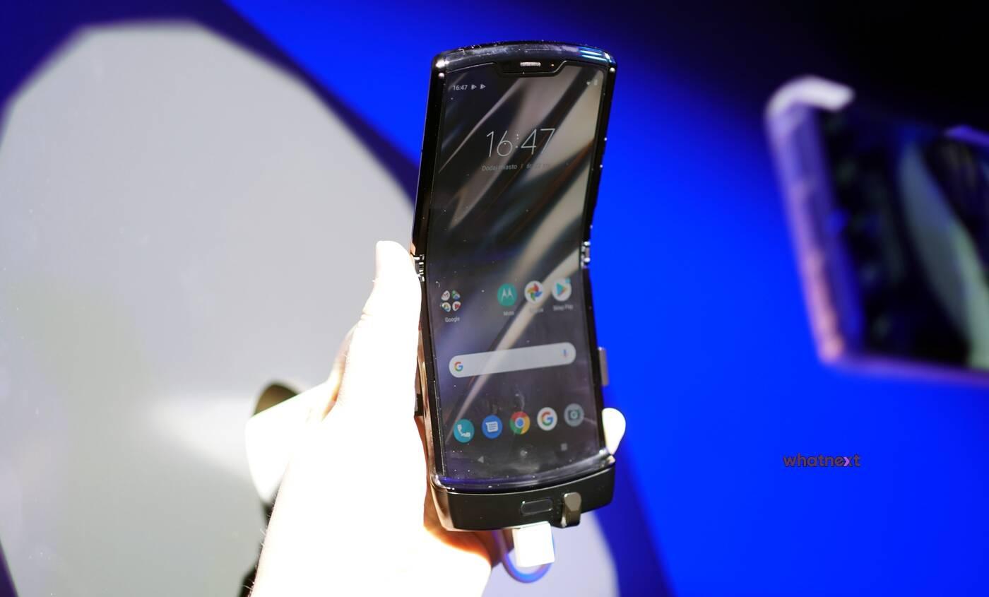 Motorola RAZR ile wytrzyma klapka