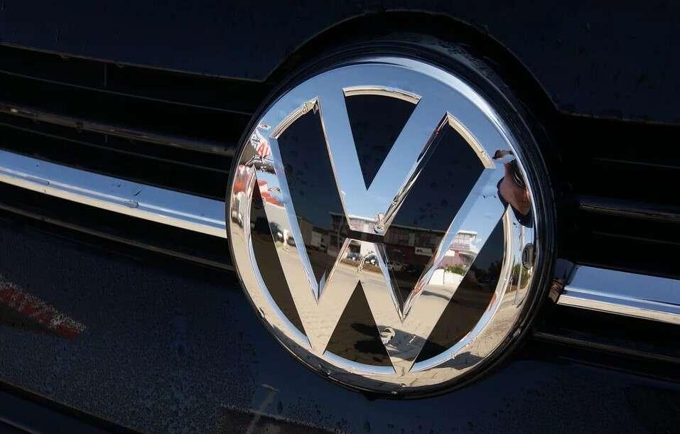 Volkswagen, kiełbasy Volkswagena, produkcja Volkswagen, jedzenie VW