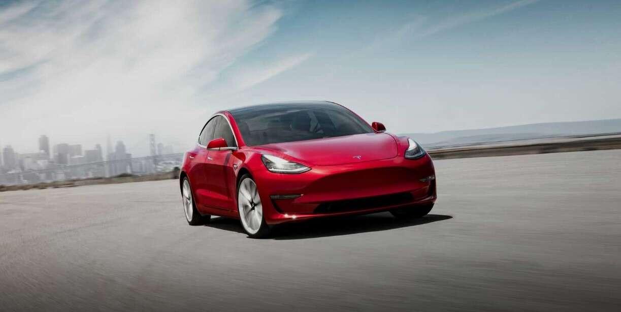 Tesla Model 3, sprzedaż Modelu 3, wyniki sprzedażowe Modelu 3 Tesli, Model 3