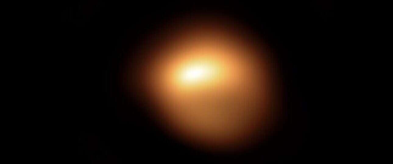 Astronomowie obserwują Betelgezę, która tajemniczo zmienia jasność