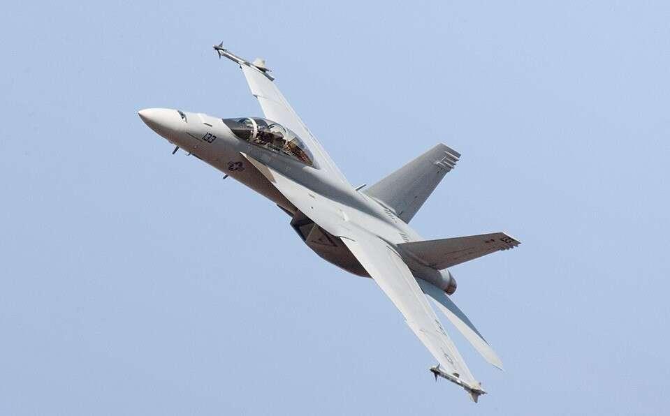 Myśliwiec F/A-18 Super Hornet, F/A-18 Super Hornet rampa, start F/A-18 Super Hornet z rampy, start Super Hornet
