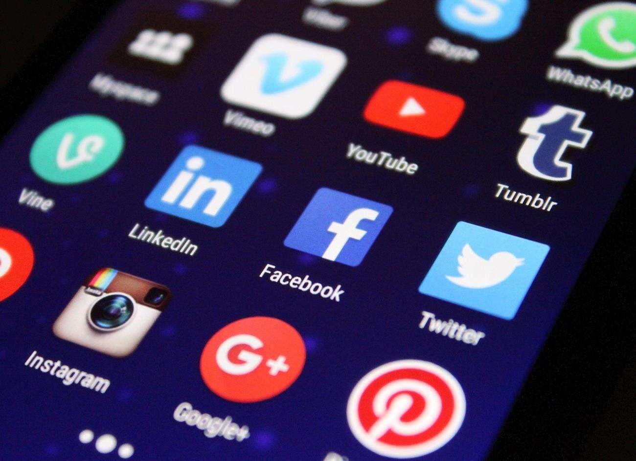 streamy Facebook,filmy Facebook, jakość Facebook
