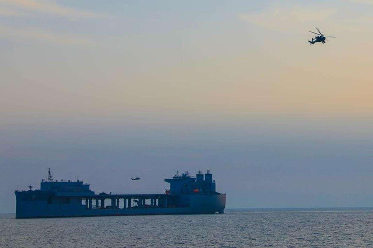 Helikoptery bojowe USA, USA w Iranie, wojsko w Zatoce Perskiej, ćwiczenia USA Iran