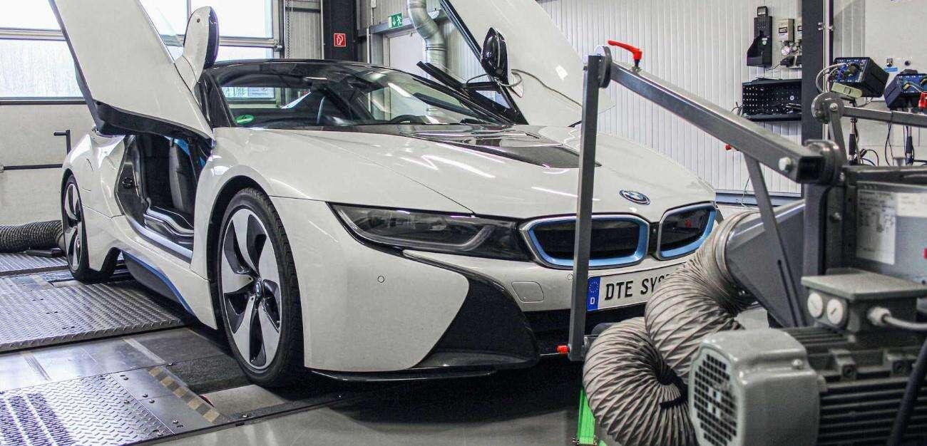 Tuner zwiększył moc, ale obniżył spalanie w BMW i8