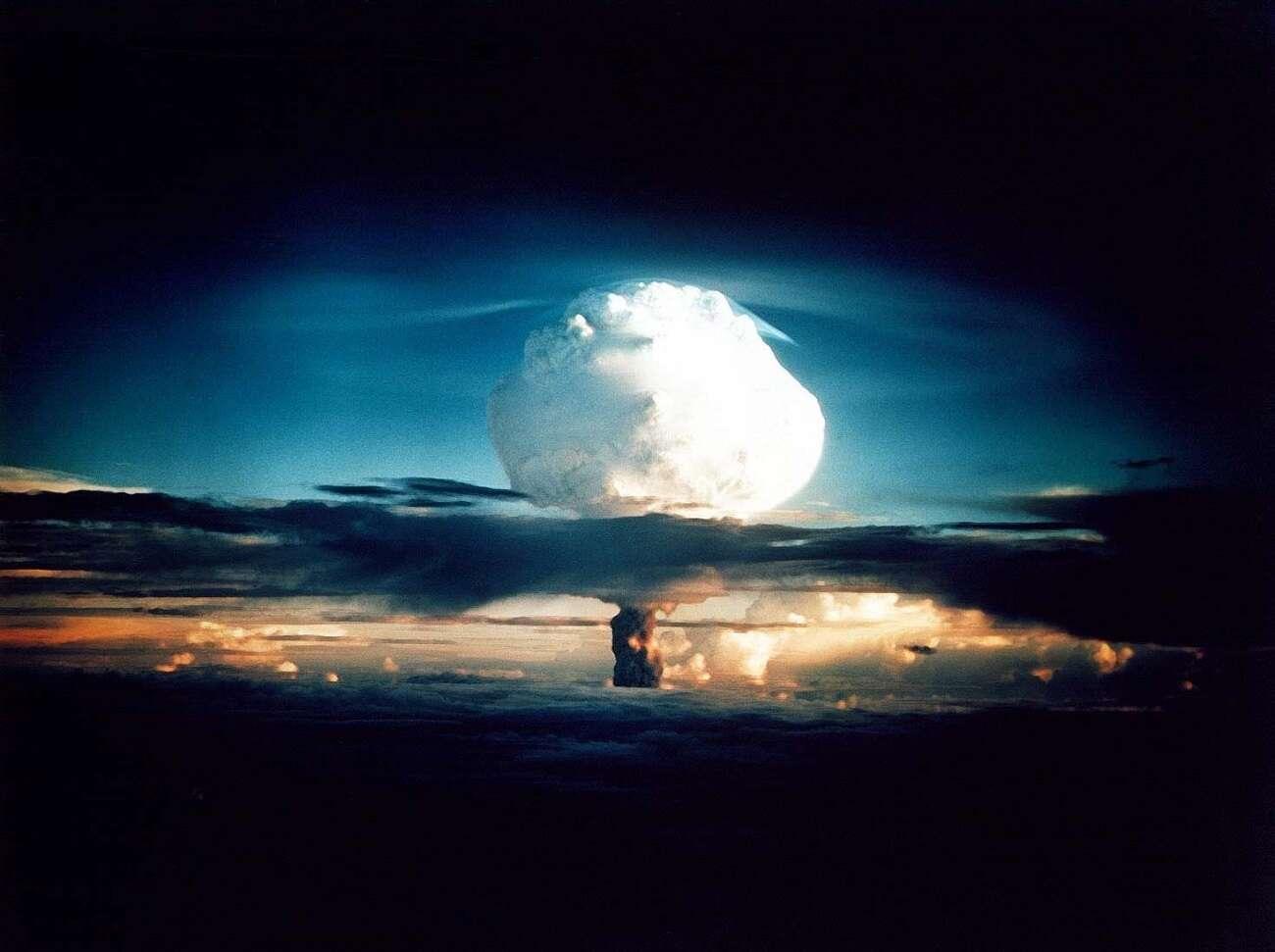 Czy opad nuklearny może wywołać deszcz?
