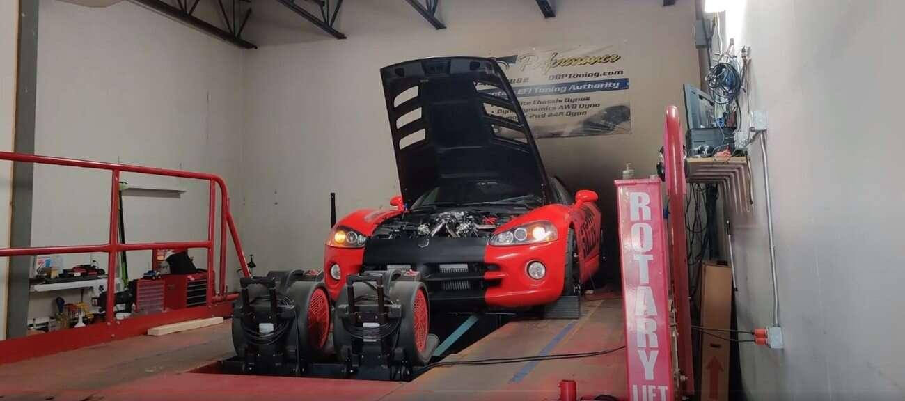 Podwójnie turbodoładowany Dodge Viper, tuning Viper, hamowania Dodge Viper, turbodoładowany Viper