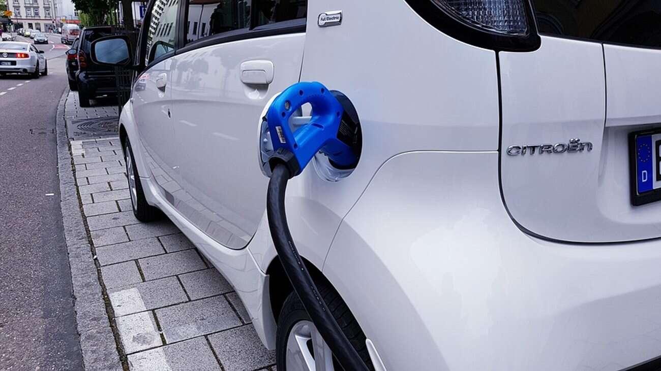 elektryczne samochody, rentowność EV, opłacalność elektrycznych samochodów, przyszłość EV