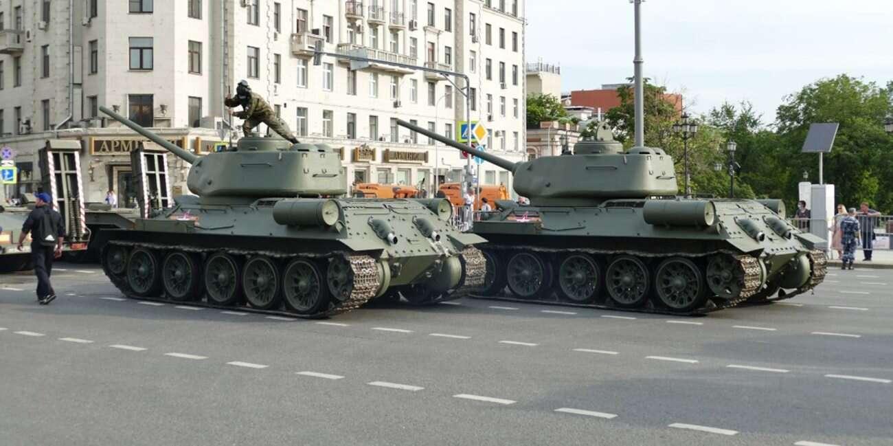 Zaproś czołgi i zniszcz ulicę, czyli parada w rosyjskim wydaniu