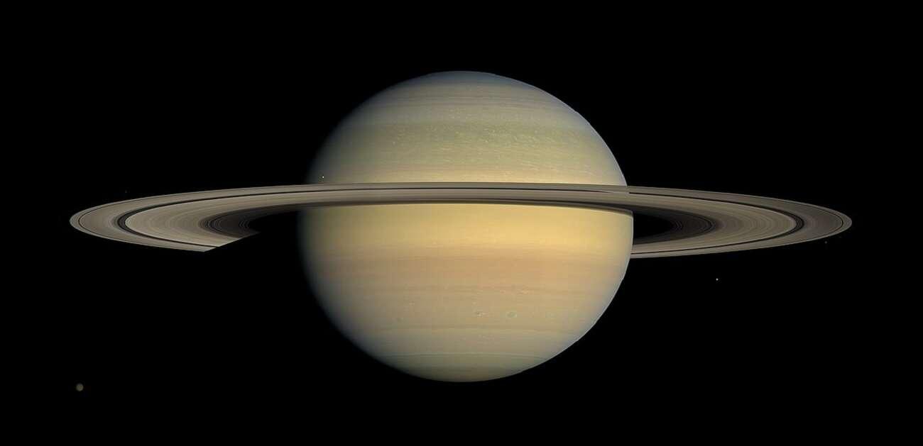 Zobaczcie, jak wygląda lato na Saturnie