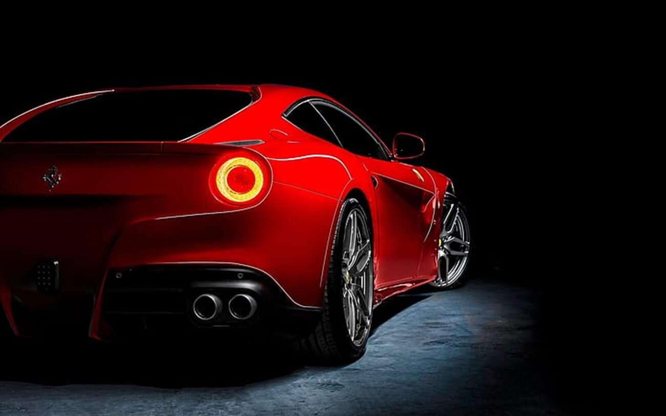 Ferrari F12, Tesla Model S, Model S P100D, Tesla kontra Ferrari, F12 vs Model S