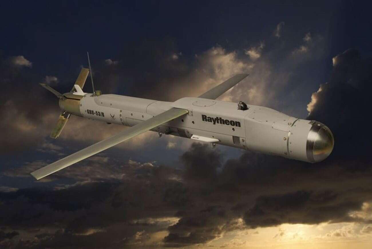 Zabójcze bomby Stormbreaker zawitały na pokład kolejnego myśliwca