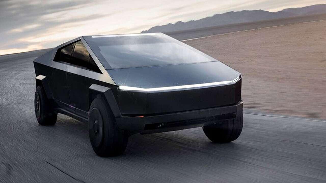 Jak zmienił się Cybertruck? Elon Musk o pickupie Tesli