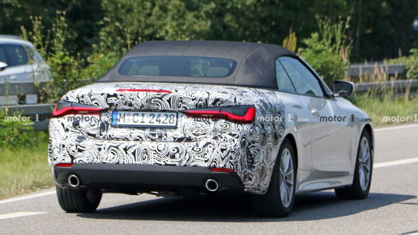 Kabriolet BMW 4 2021 na zdjęciach w skromnym kamuflażu