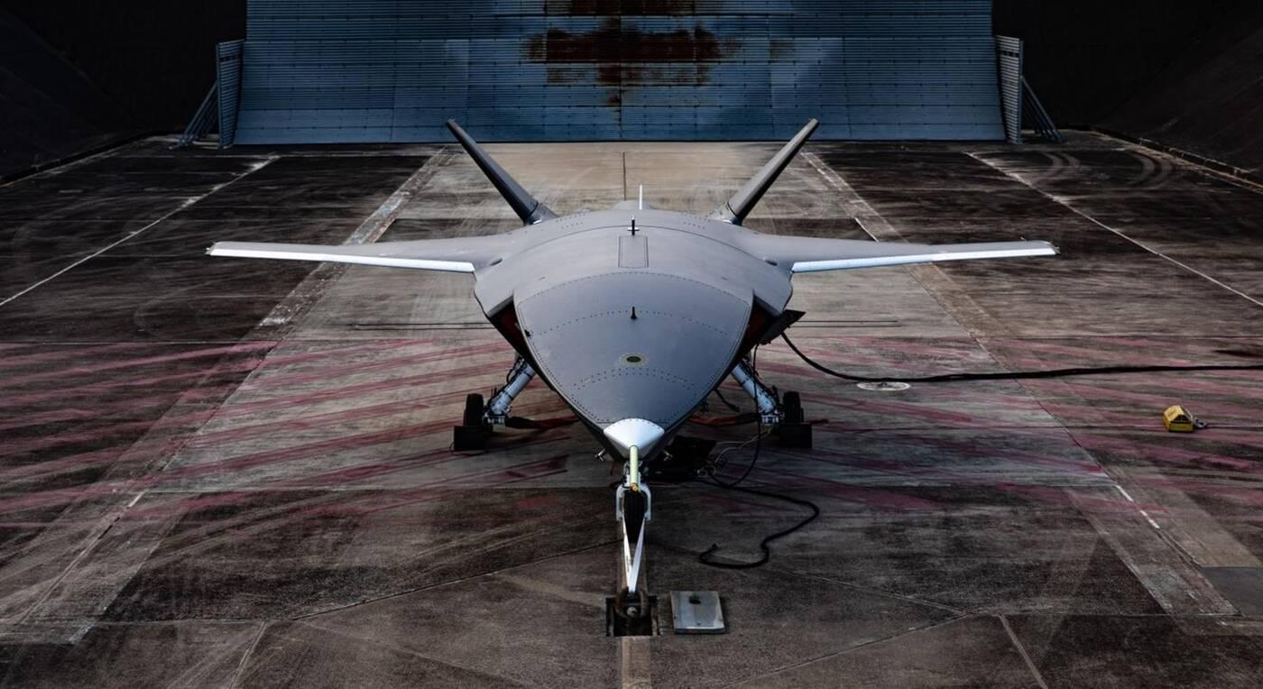 Pierwszy lot Loyal Wingman Boeinga, Bojowy dron w akcji