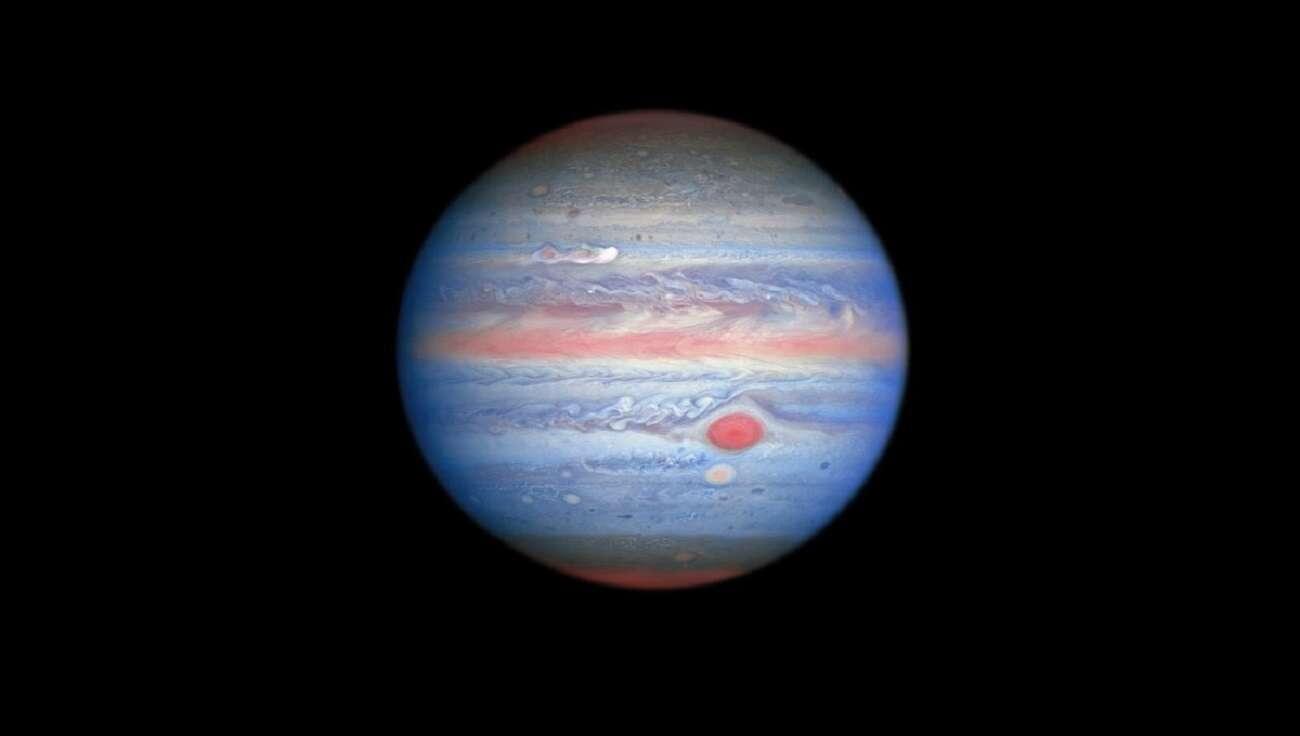 Eksplozja w atmosferze Jowisza. Sonda Juno uwieczniła nietypowe zjawisko