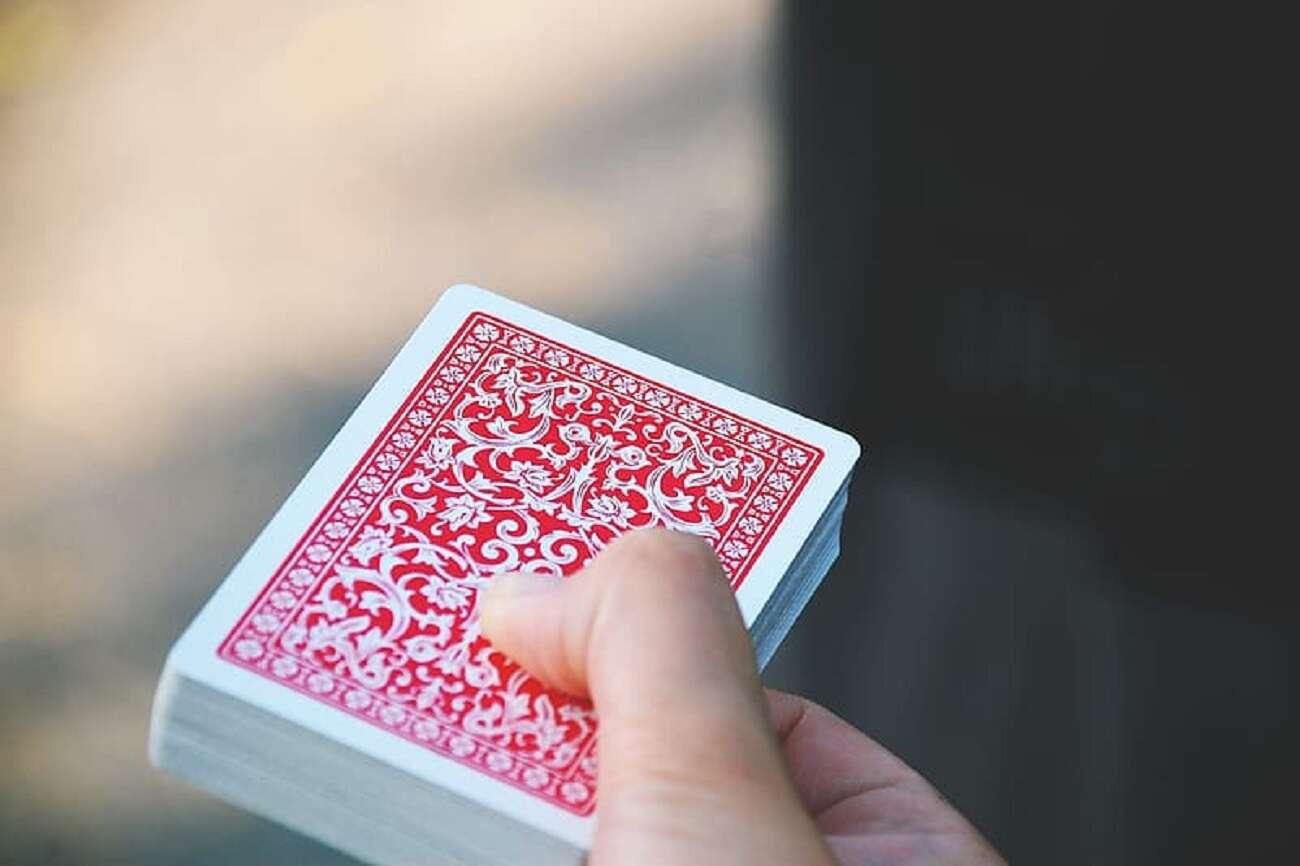 Dlaczego magiczne sztuczki są najlepszym sposobem oceny inteligencji zwierząt?