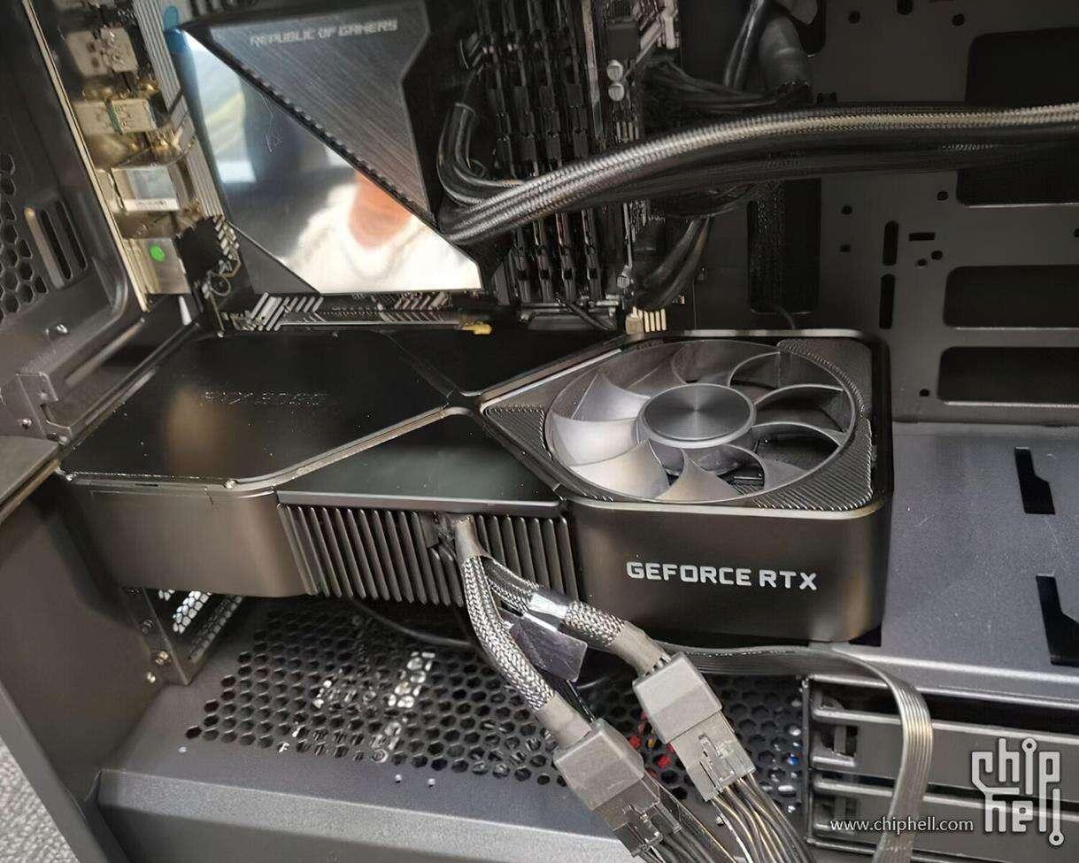 wielkość Nvidia RTX 3090, zdjęcie Nvidia RTX 3090