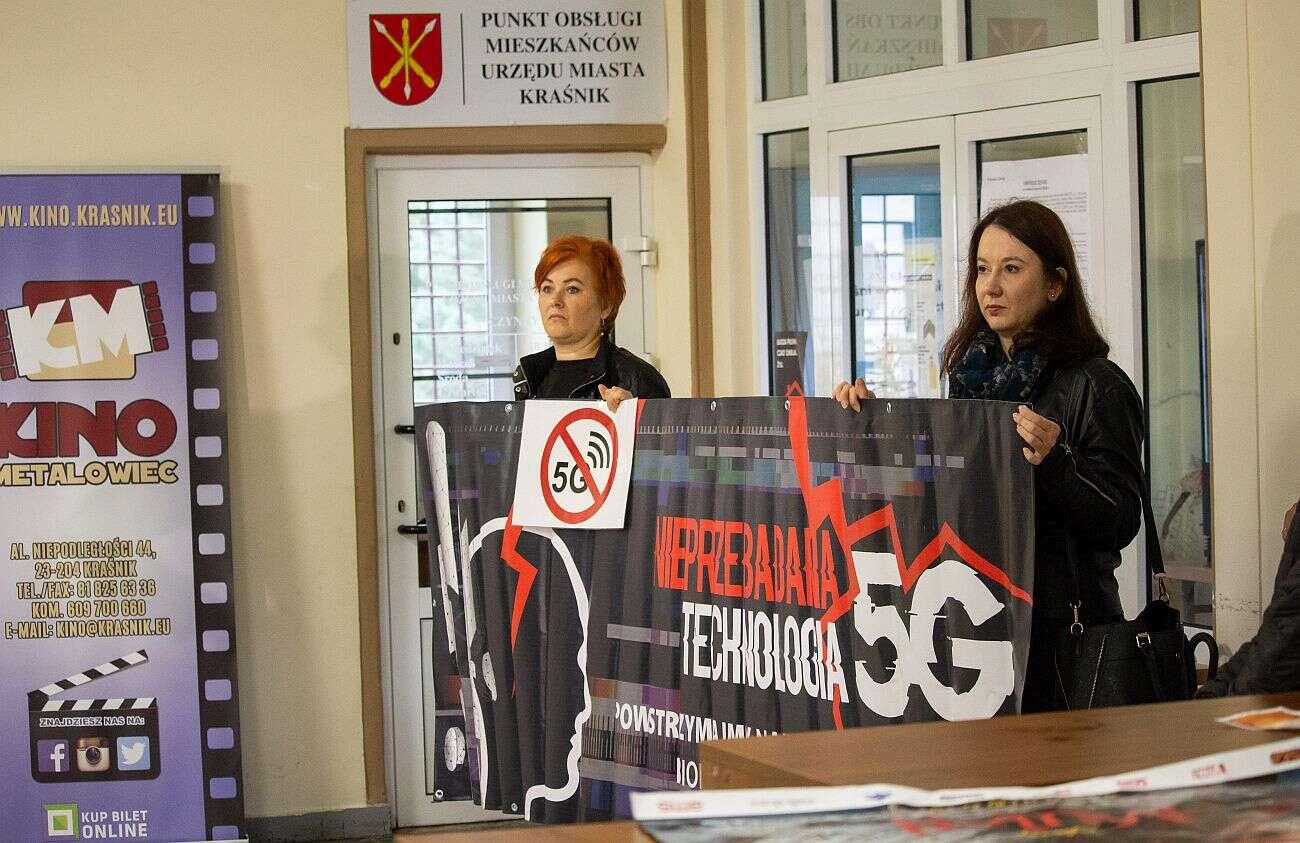 Starcie dwóch światów w Kraśniku. Uchwała w sprawie 5G oddalona