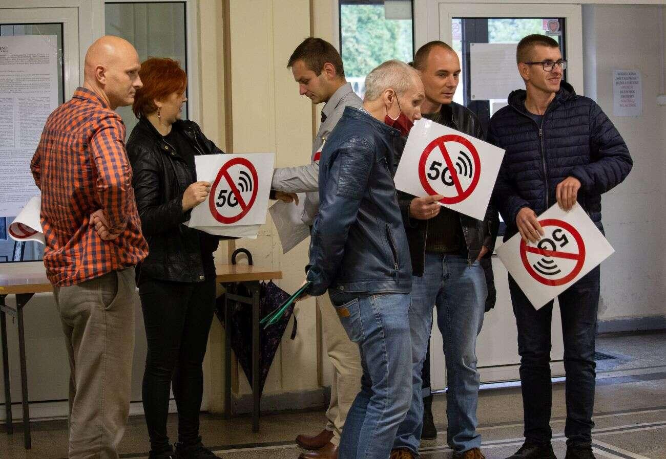Złe nastawienie do sieci 5G. Polska jednym ze światowych liderów