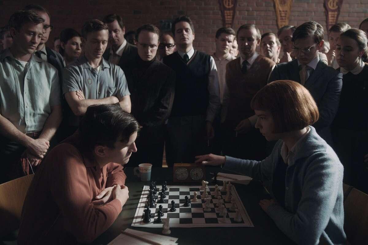 Recenzja miniserialu Gambit królowej. Jaka jest cena geniuszu?