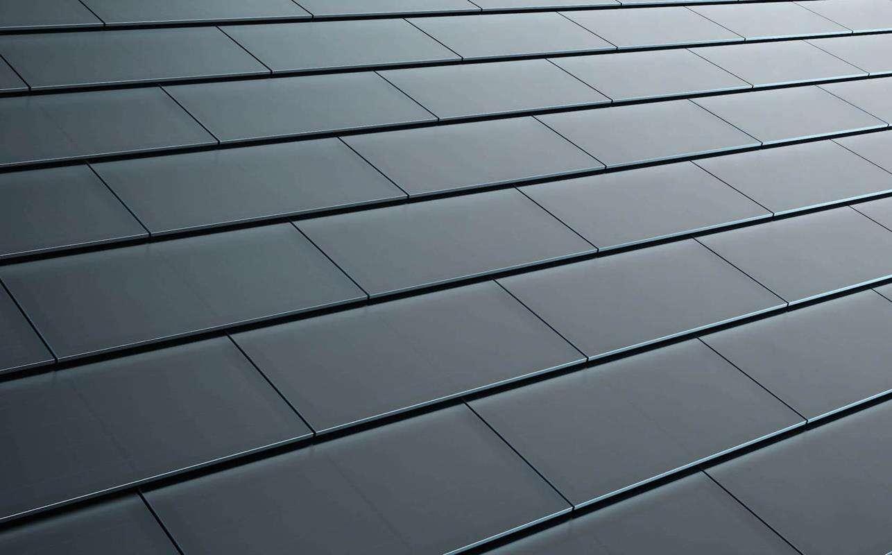 dach-solarny-tesli-timelapse