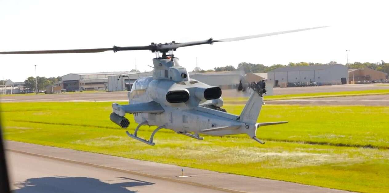 """To koniec dla śmigłowców szturmowych Bell AH-1W """"Super Cobra"""""""
