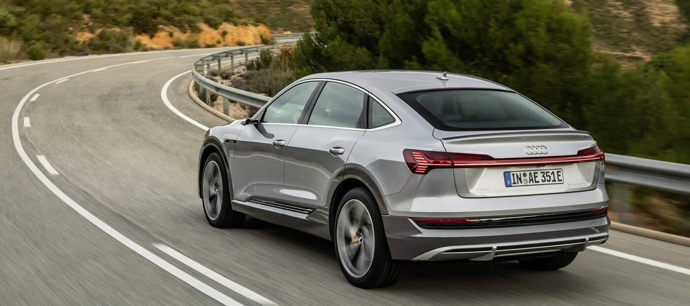 Elektryczny SUV Audi e-tron 2021 doczekał się kilku nowości
