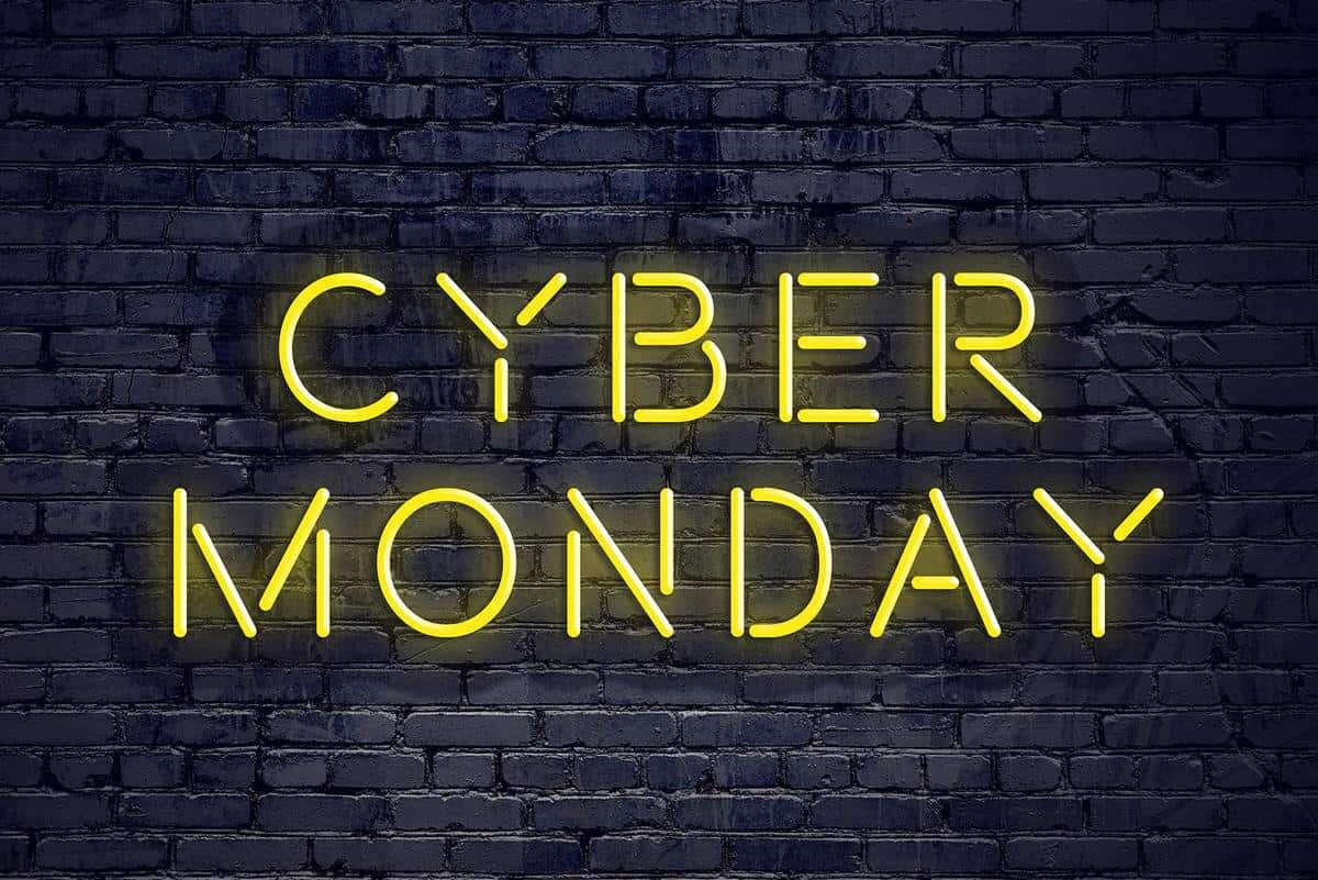 Dziś Cyber Monday, więc szukając promocji warto uważać na oszustwa