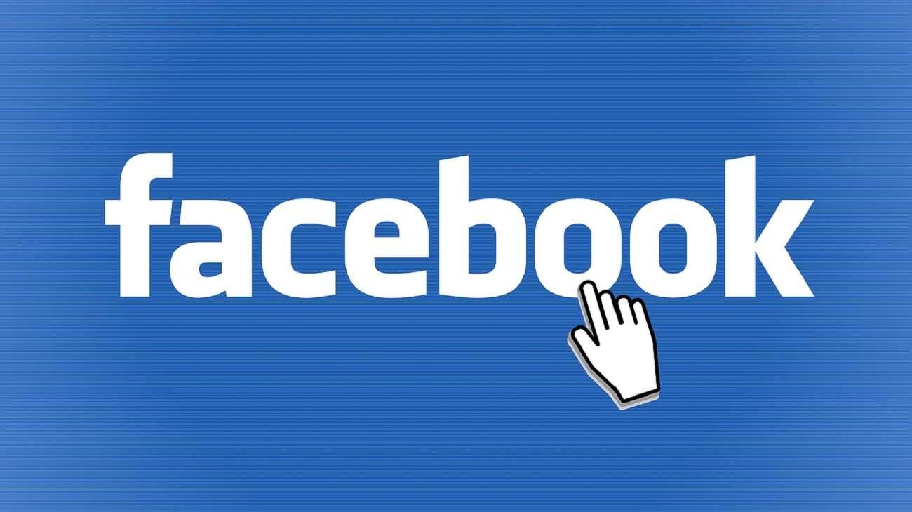 Jak sztuczna inteligencja pomaga w moderowaniu treści na Facebooku?