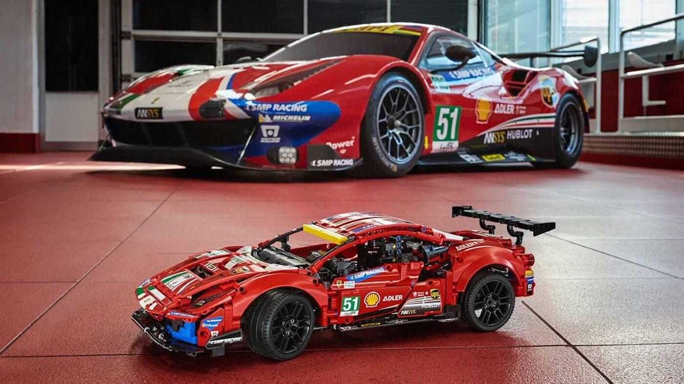 Ferrari 488 GTE już w zestawie LEGO Technic