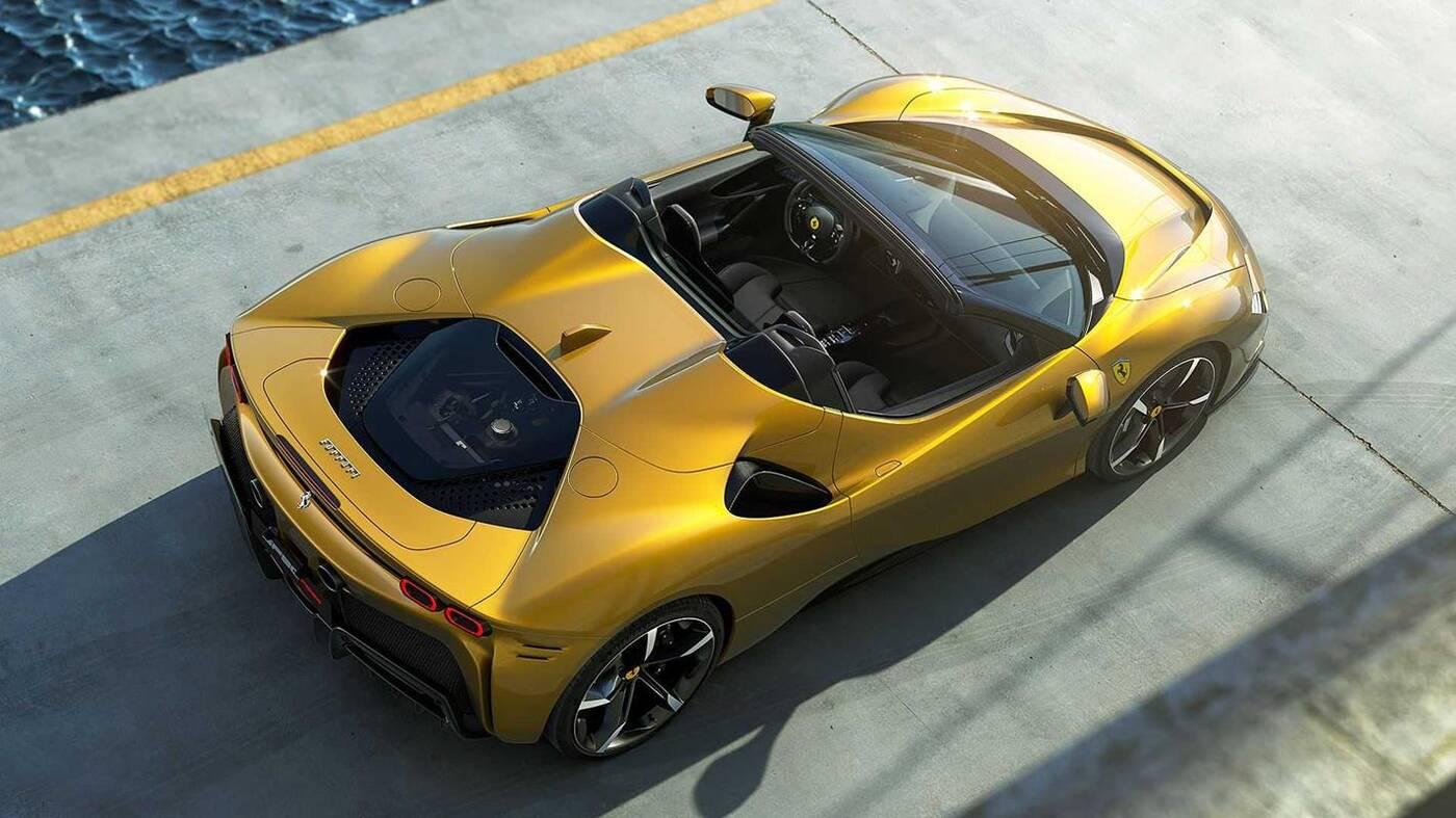 Ferrari SF90 Spider oficjalnie pierwszym hybrydowym kabrioletem firmy