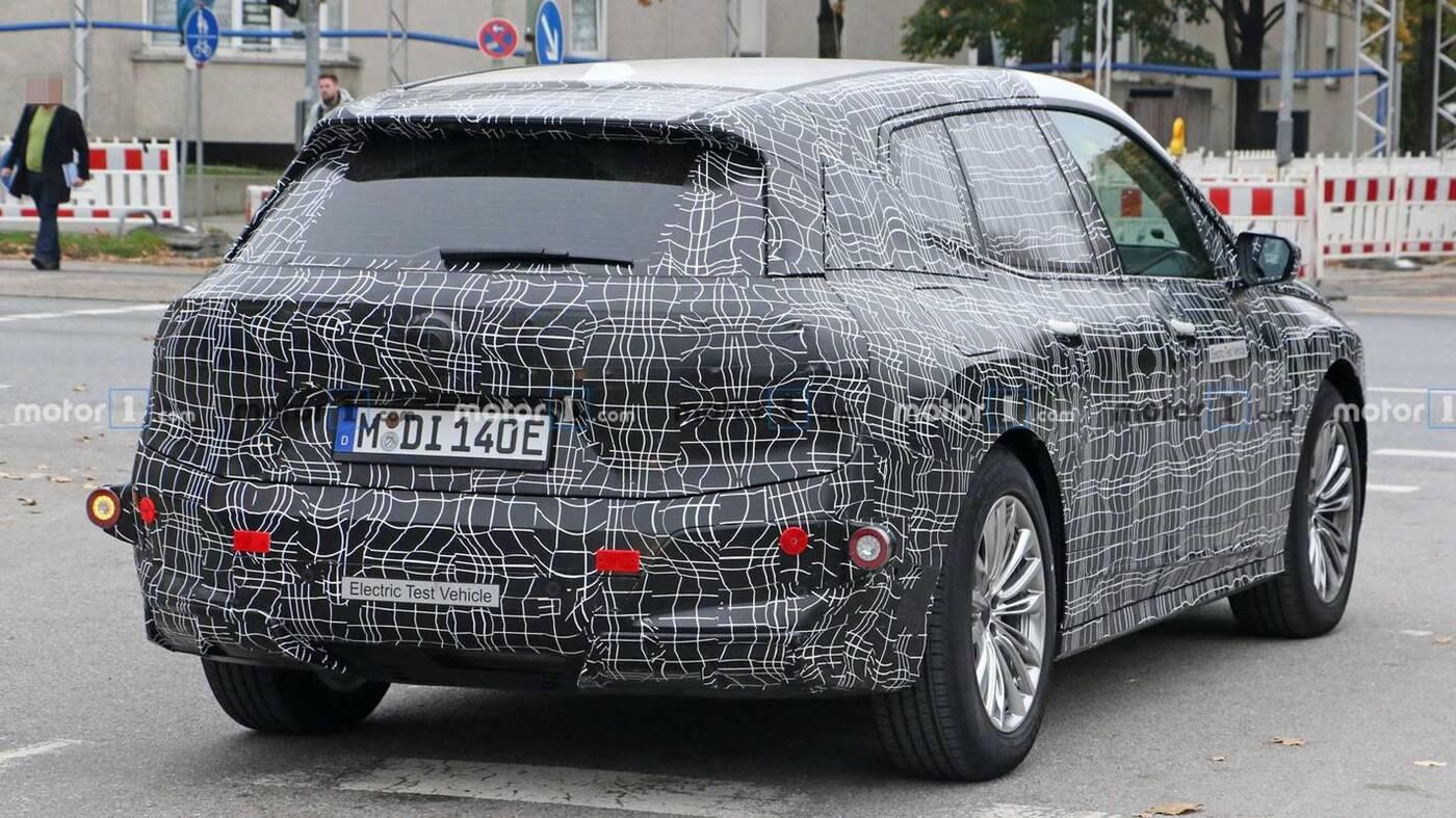 Flagowy elektryczny SUV BMW iNext z datą premiery