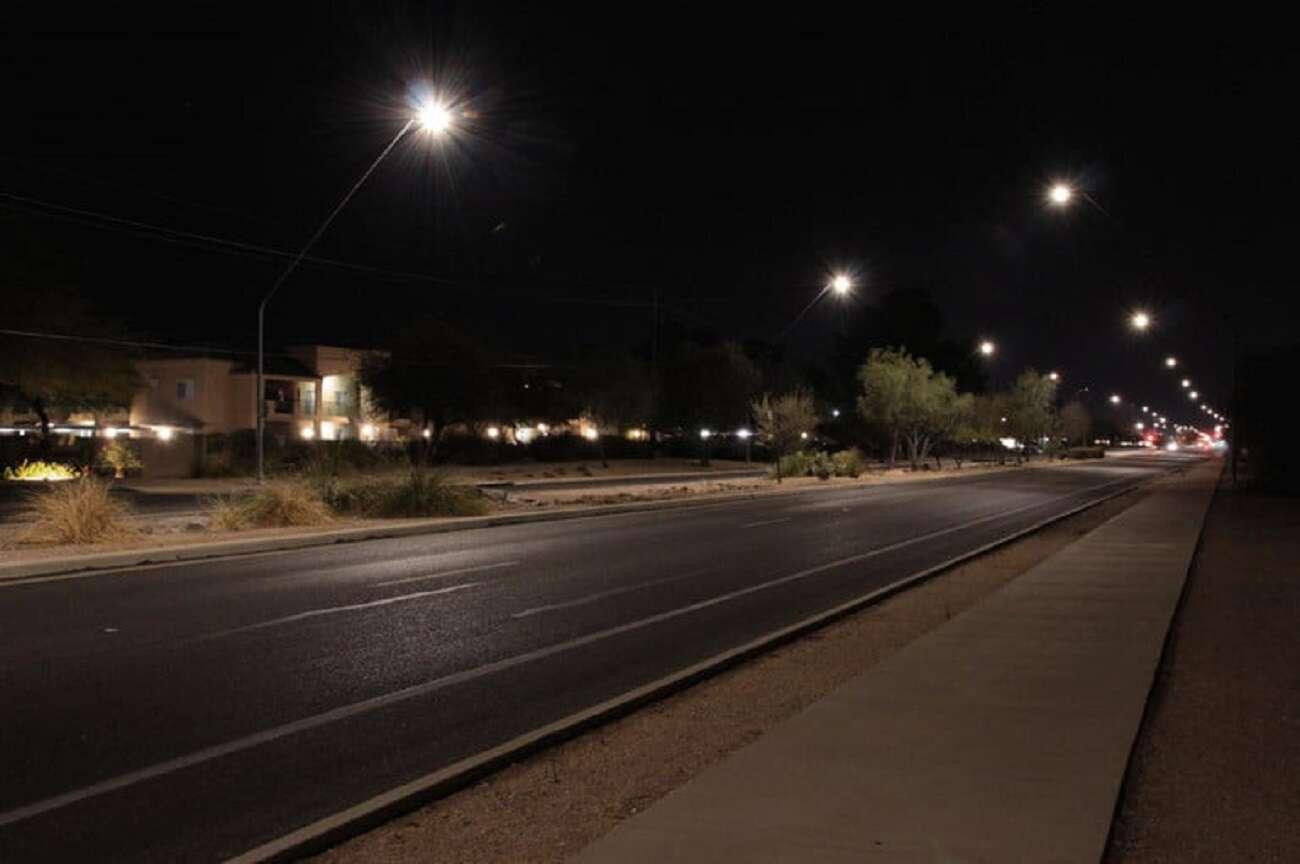 Zanieczyszczenie światłem? Inteligentne latarnie mogą rozwiązać problem
