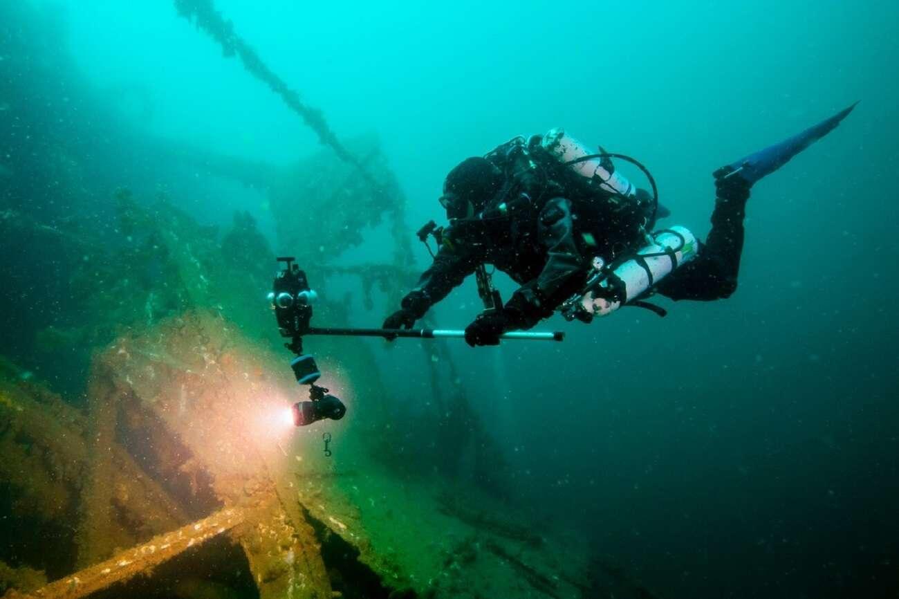 Z obudową Mantis Sub nakręcicie materiały nawet 90 metrów pod wodą