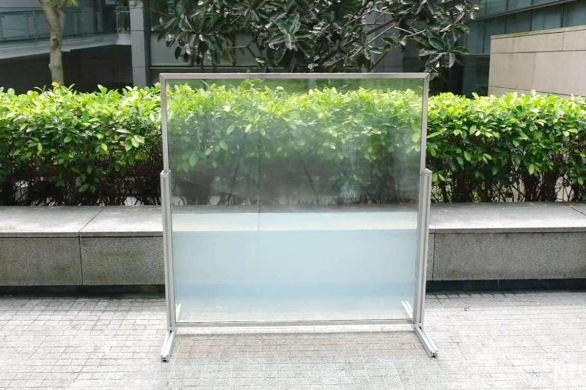 Nowoczesne okna będziemy wypełniać cieczą w imię ekologii i oszczędności?