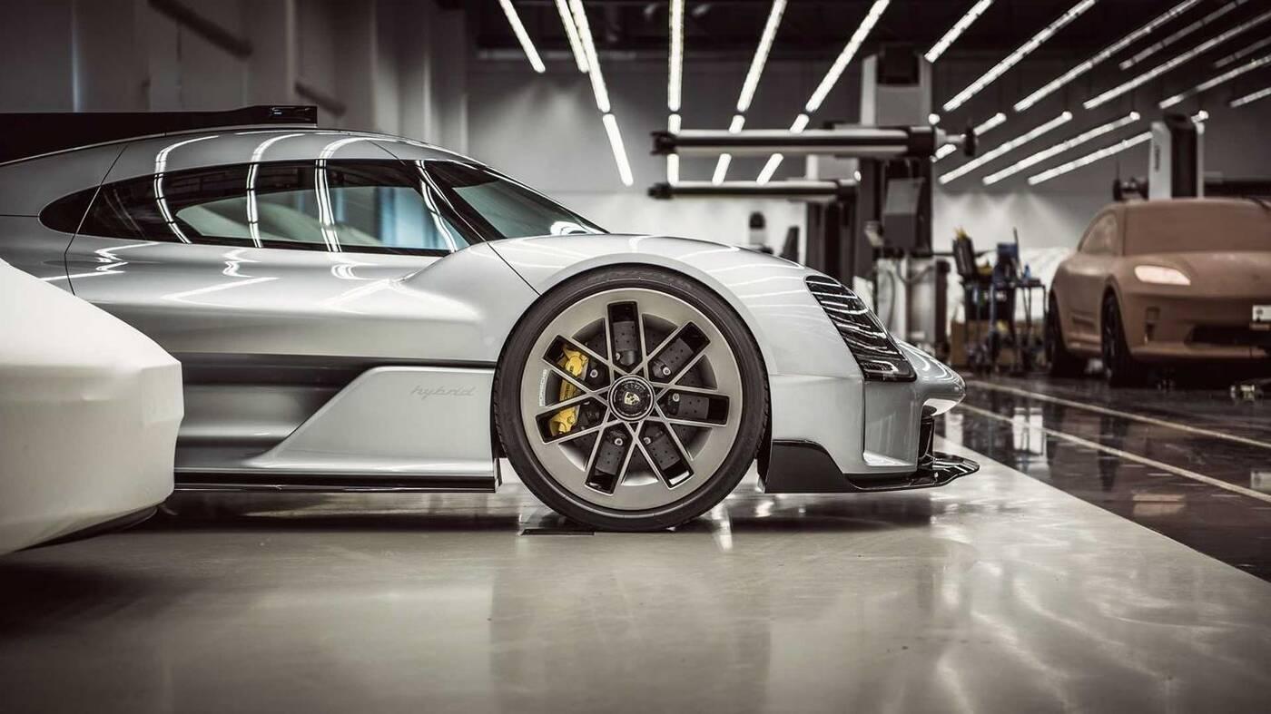 Porsche Macan EV, macan EV, render Macan EV, elektryczny Macan