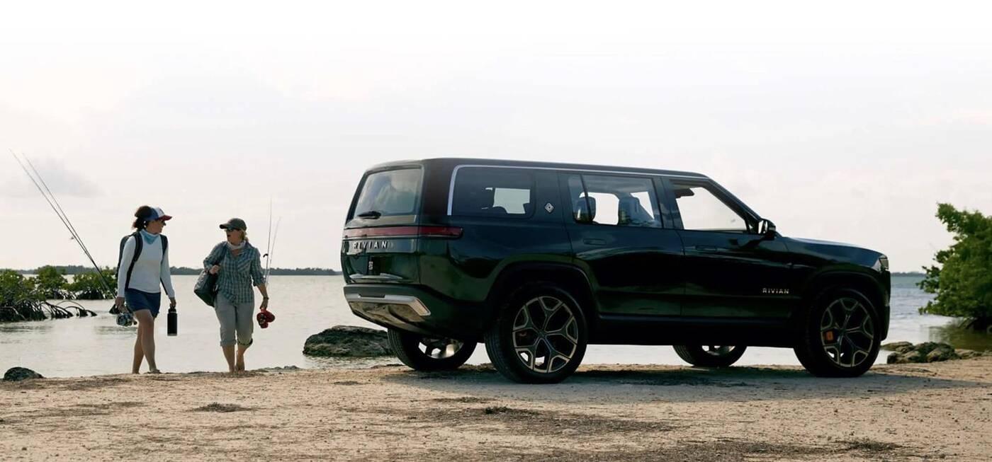 Szczegóły o elektrycznym SUVie Rivian R1S