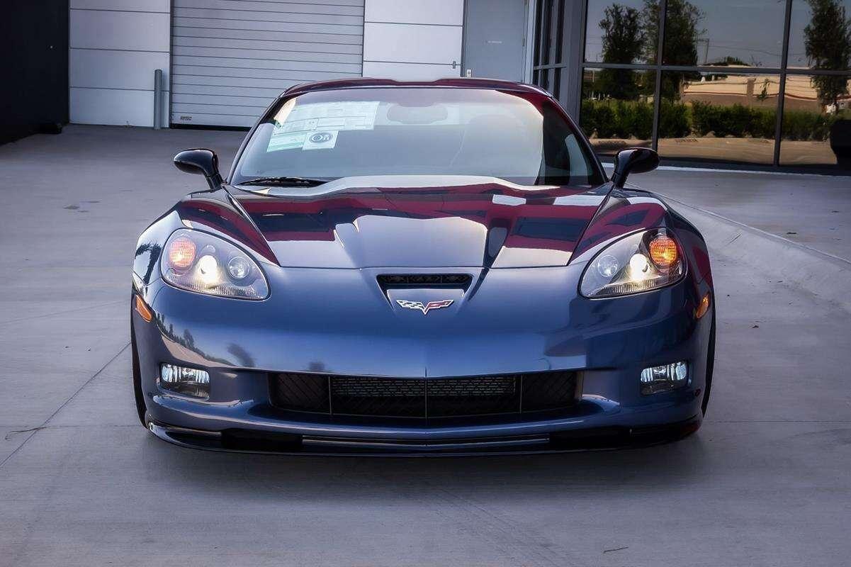 Wyjątkowa Corvette Z06 Carbon na sprzedaż. Licznik nie wskazuje nawet dziesiątek kilometrów